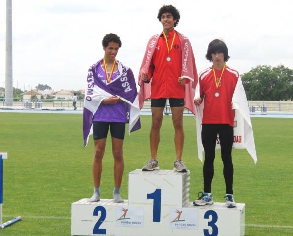Fábio Martins no podio no Atleta Completo Nacional