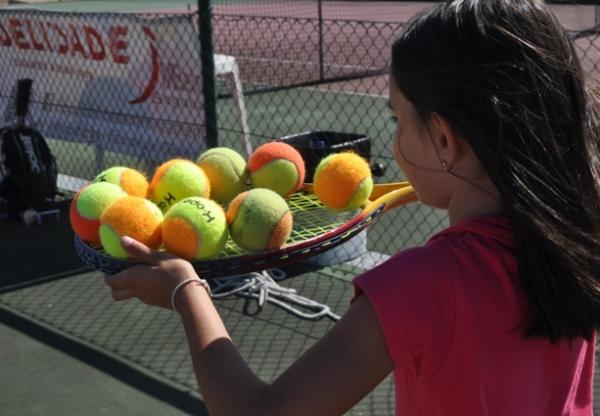 O CLAC dinamizou o Ténis nas Férias Desportivas de Verão da CME