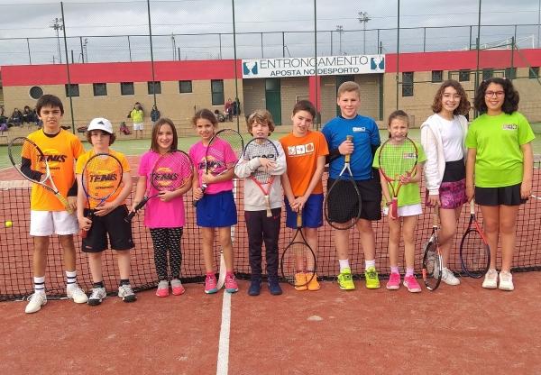 Tenistas do CLAC vencem no Campeonato Regional Equipas SUB12